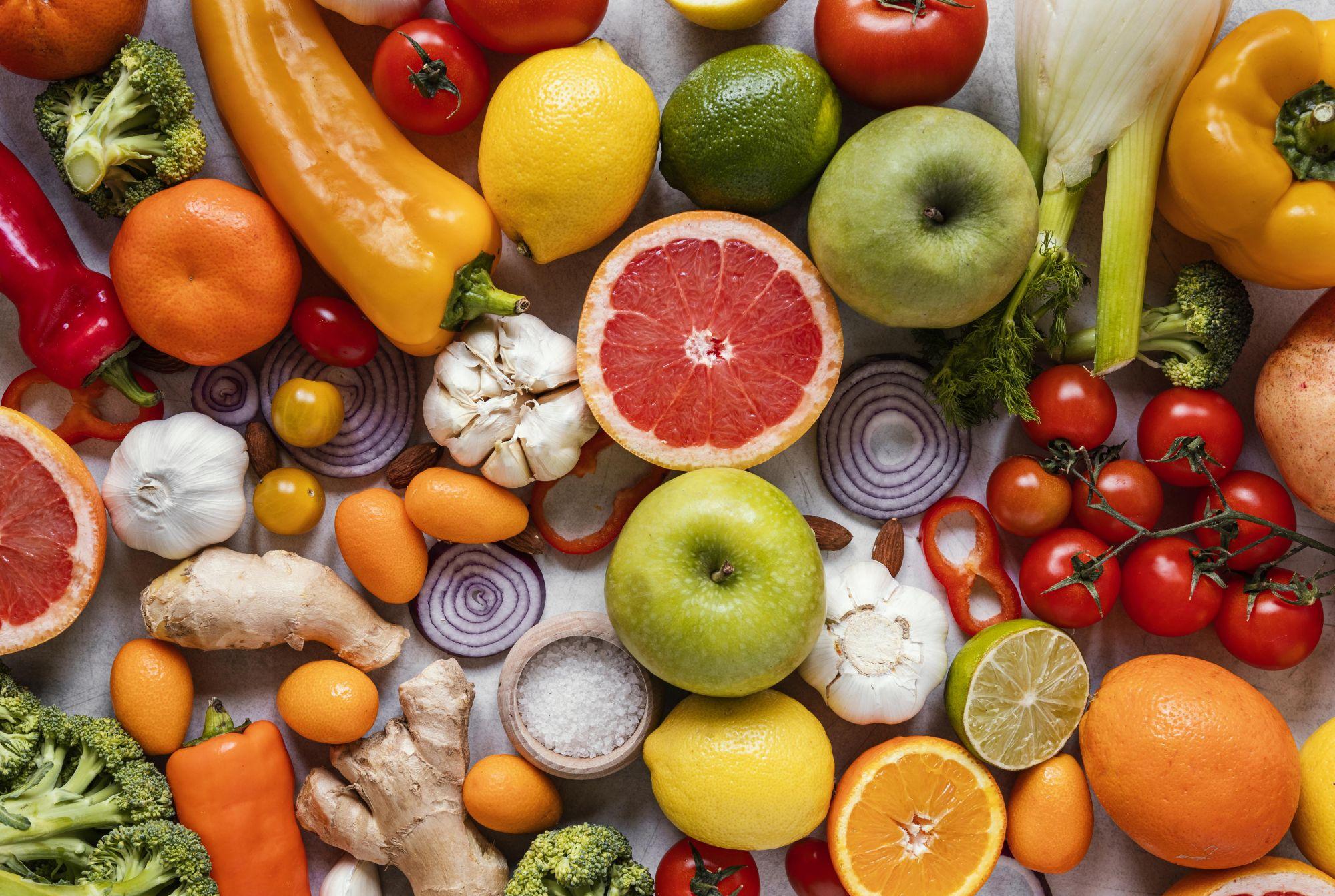 Egészséges zöldségek és gyümölcsök
