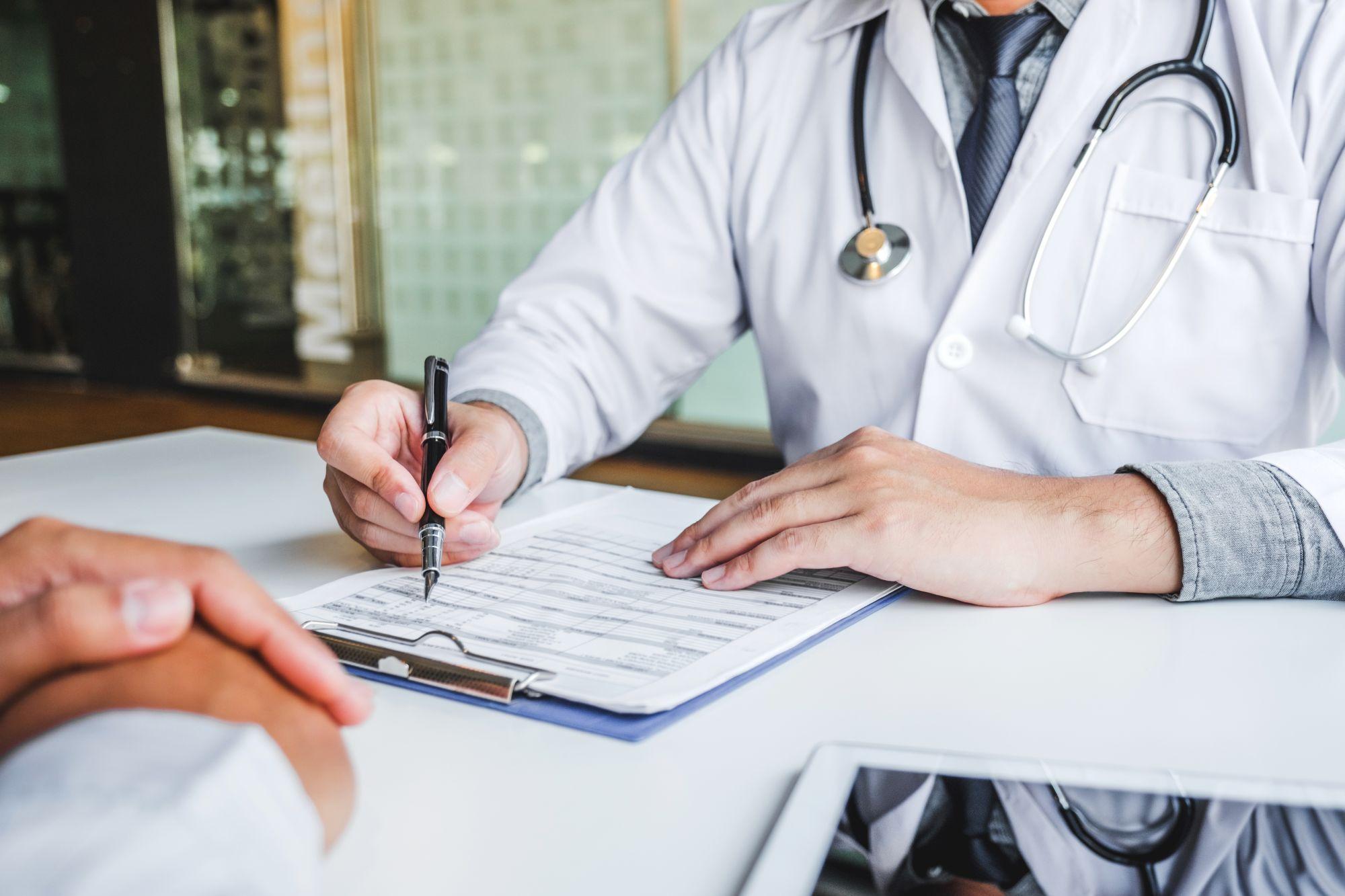 Egy orvosi vizsgálatot érdemes megejteni mielőtt szigorú diétába kezdesz
